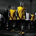 Futbol Meraklısı Babalara Nike`tan Total90 Laser Krampon