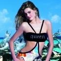 Komun Mayokini ve Bikinileri Plajların Kraliçesi Oldu