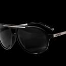 Lacoste Eyewear 75. yılına özel hazırladığı bayan--erkek koleksiyonu