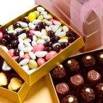 Anneler Günü'ne Özel En Tatlı Hediyeler www.cikolatasepeti.com'dan Annenize Özel Kurye İle!