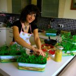 Botanika`dan Üretmek İsteyen Kadına Pencere Önü Bostanları