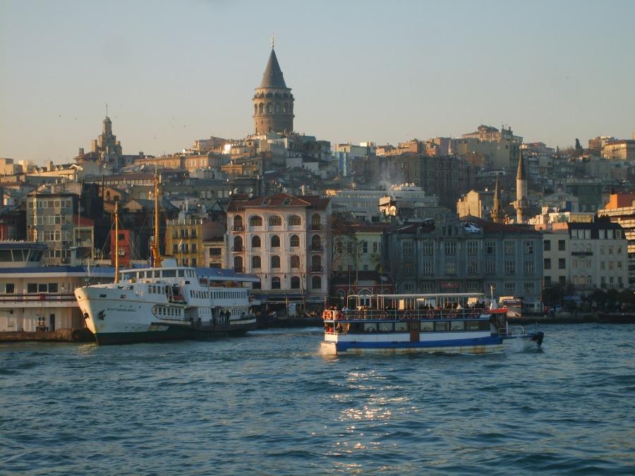 Galata Kulesi - Faruk Özer
