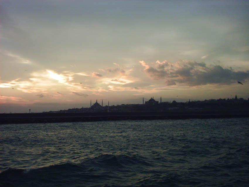 İstanbul Silüeti - Türkan Arpacı