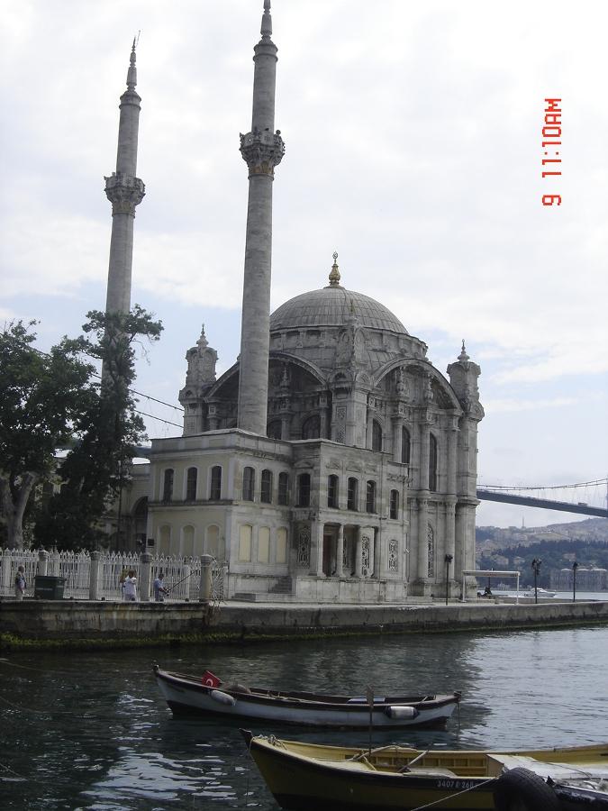 Ortaköy Meydan - Özlem Altun