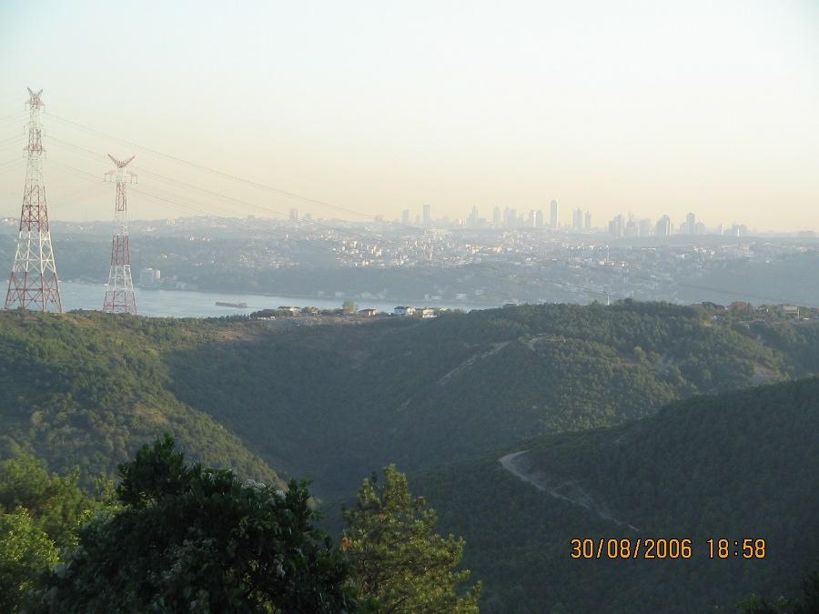 Rumeli Feneri Yolundan Levent - Atalay Kaban
