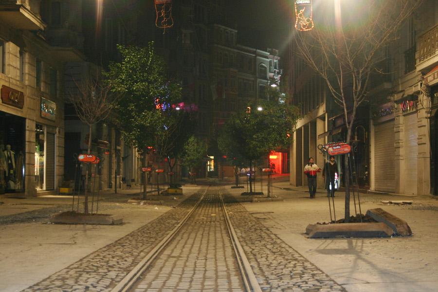 Taksim Gece - Erkin