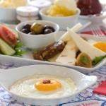 Zamane Kahvesi Suadiye'de Cazlı Kahvaltı