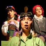 Tiyatro Yeniden Çocuk Oyunları: Benim Güzel Pabuçlarım - Uçan Adam