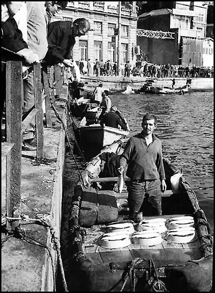 Boğaz`da Balık-Ekmek
