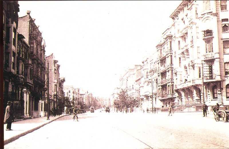 Halaskargarzi Caddesi (1930 Harbiye)