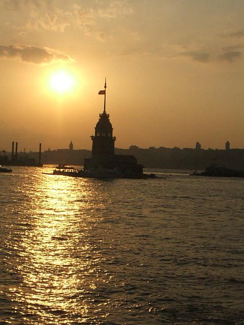 Kız Kulesi - Ahmet Erdilek