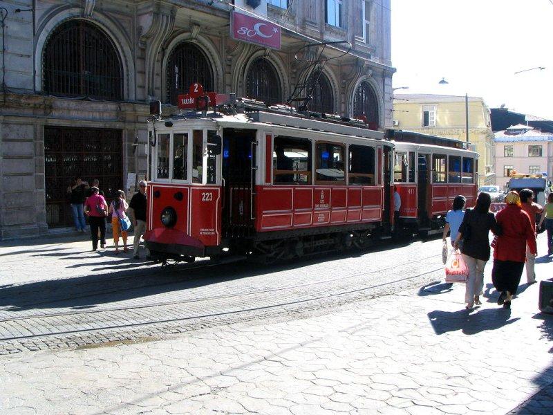 Beyoğlu & Tramvay - Faruk Koçak