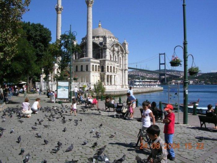 Ortaköy Meydanı - Ömer Bostan