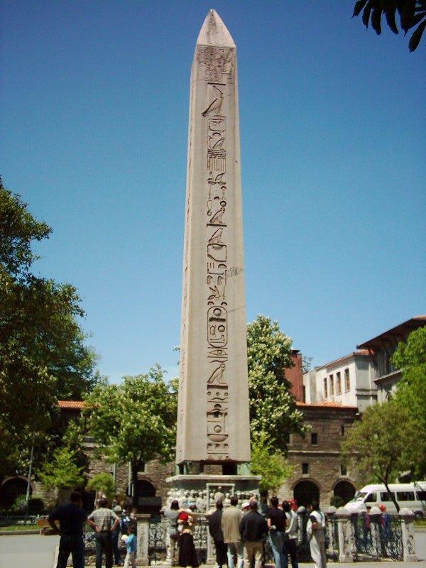 Dikilitaş (Sultanahmet) - Shamil Bezimyanil