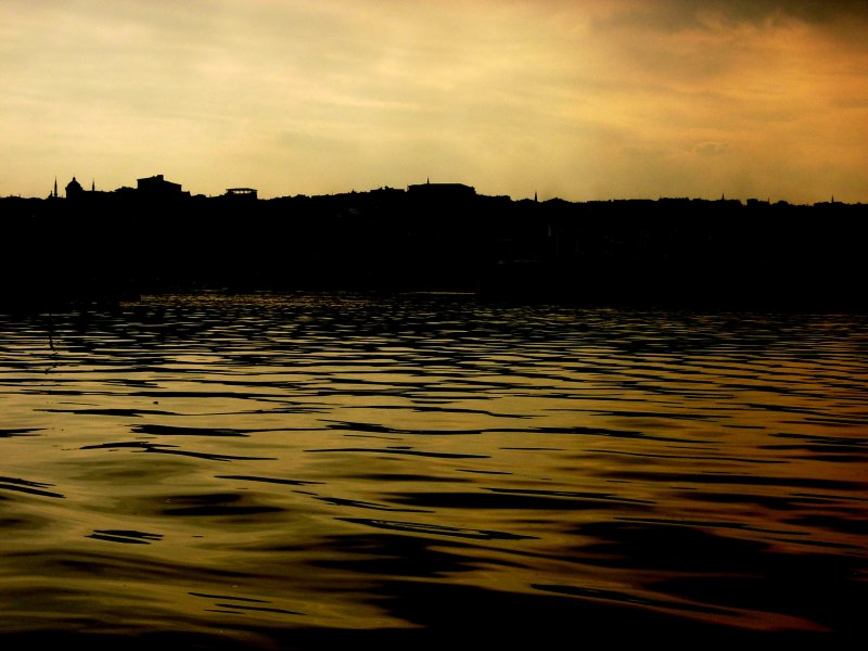 Haliç`te Gün Batımı - Turgay Yürenk