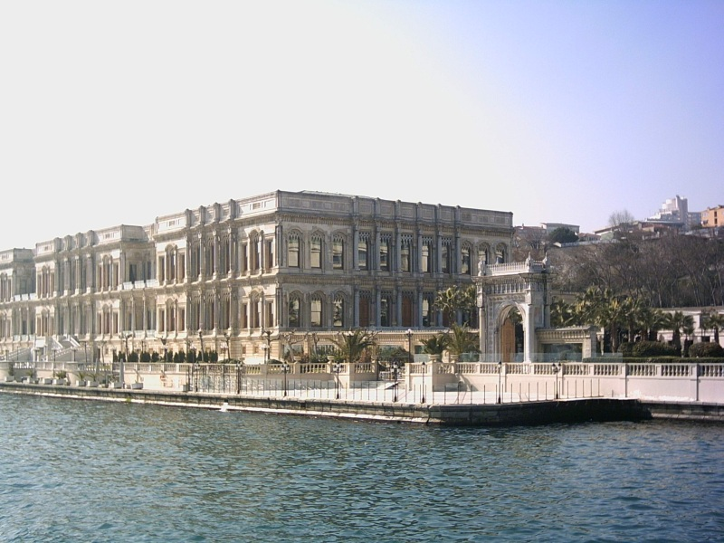 Dolmabahçe Sarayı - Buket Efe