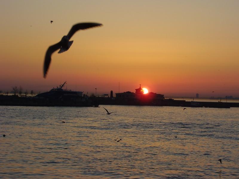 Kadıköy`de Gün Batımı - Yahya Ateş