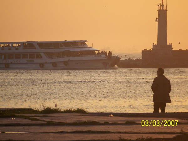 Kadıköy İskelesi`nde Bekleyiş - Ceyhun Gökalp