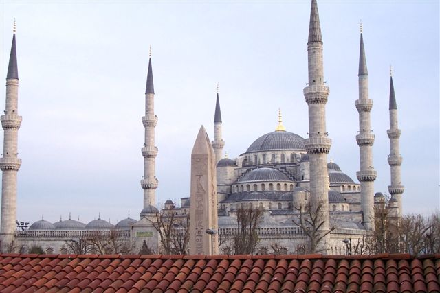 Sultanahmet ve Dikilitaş - Ayşegül Özturna