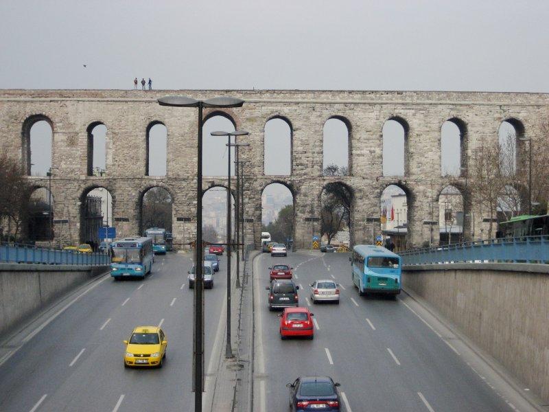 Unkapanı Tarihi Su Kemeri - Adnan Ahmet