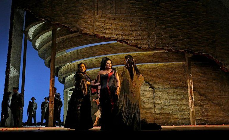 Metropolitan Opera - Carmen (Bizet)