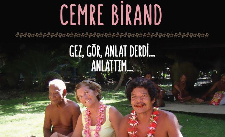 Cemre Birand, Begüm Başoğlu ve Ege Erim D&R'da Kitaplarını İmzalıyor