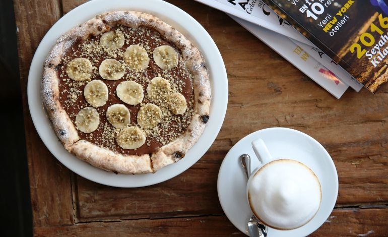 Tatlı Sevene; Pizza Nutella Köfteden Vazgeçemeyenlere Köfteli Pizza