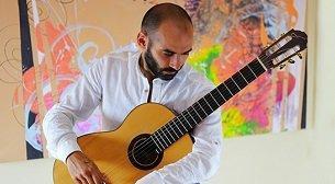 Behzat Cem Günenç Klasik Gitar