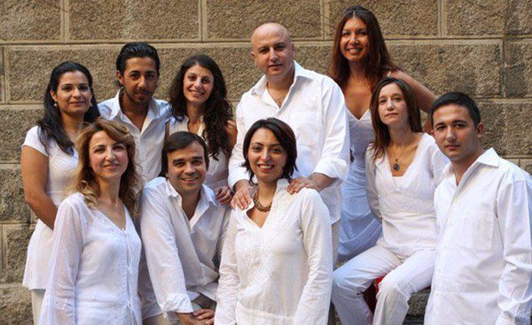 Kardeş Türküler & Bgst Dansçıları
