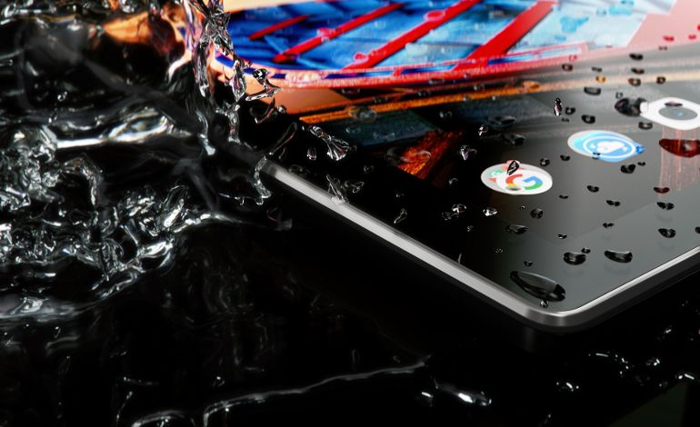 Lenovo Toza ve Su Sıçramalarına Dayanıklı TAB3 10 Business'ı Tanıttı