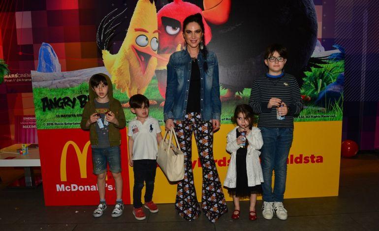 Angry Birds Çılgınlığı Mcdonald's'ta Başlıyor