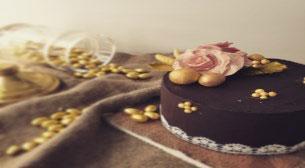 Gül Konseptli Pasta Atölyesi