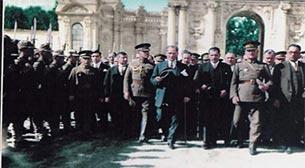 Atatürk'ün İzinde İstanbul