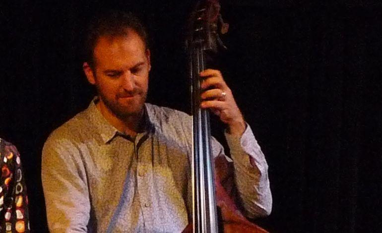Andreas Metzler's New Solutions İn Jazz Trio
