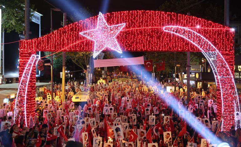 Kadıköy'de 29 Ekim Cumhuriyet Bayramı Kutlamaları