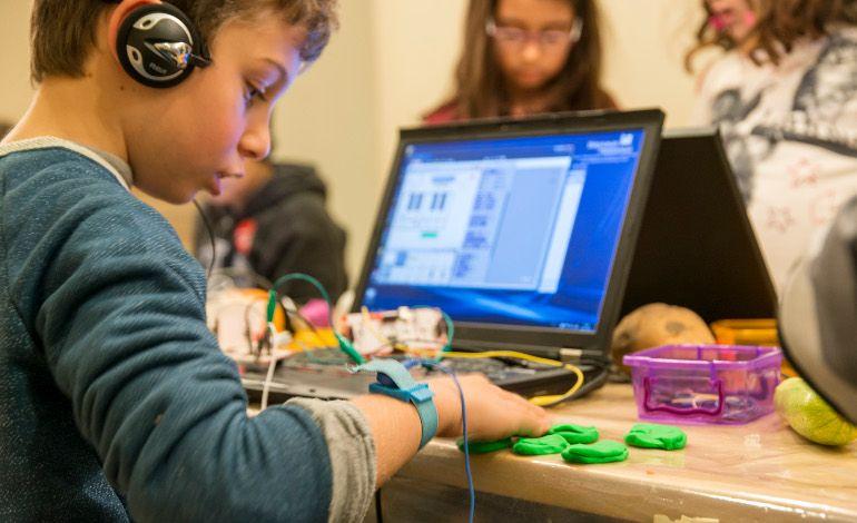Pera Eğitim Genç Ve Yetişkin Atölyeleriyle Teknolojiye Odaklanıyor!