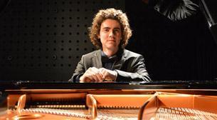 Mert Yeşilmenderes Piyano Resitali