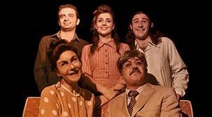Mutlu Aile Fotoğrafımızın Perde