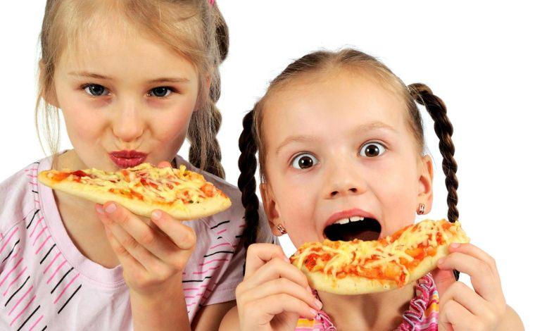Çocukların Dişleri Fast Food Tehdidi Altında