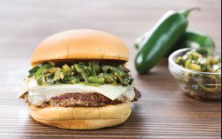 Shake Shack'ten Acıseverlere Özel Cheddar&Chili Pepper Burger