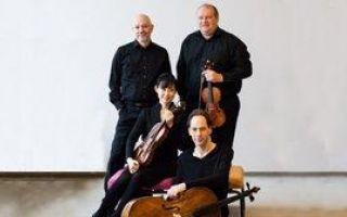 Berlin Filarmoni Solistleri & Özgür