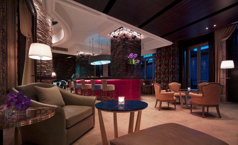 Shangri-La Bosphorus, İstanbul Le Bar'da Acoustickinsons ile Eğlence Dolu Bir Cuma!
