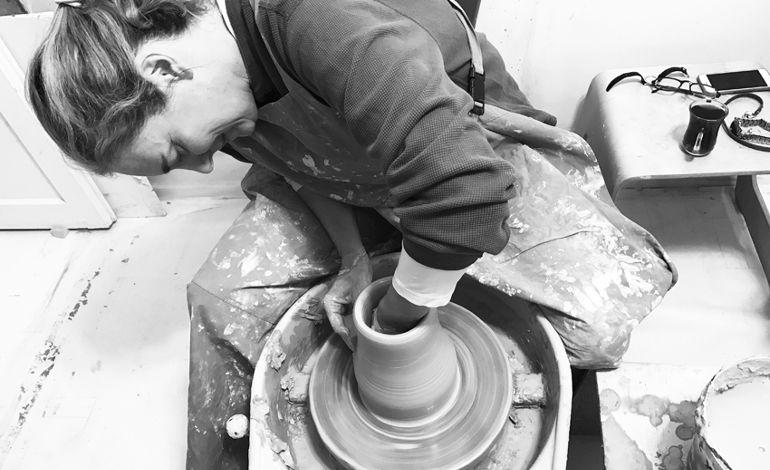 Çömlekçiler Seramik Sergisi: 'Çamur'a Gönül Verenler'