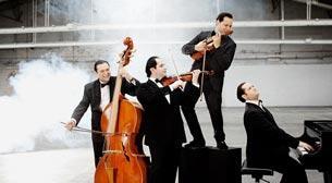 """Paganinoska"" Janoska Ensemble"