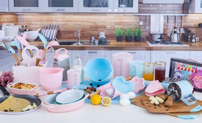 English Home ile Tazelenen Mutfaklar İçin Yeni Tema: 'Renkli Mutfaklar'