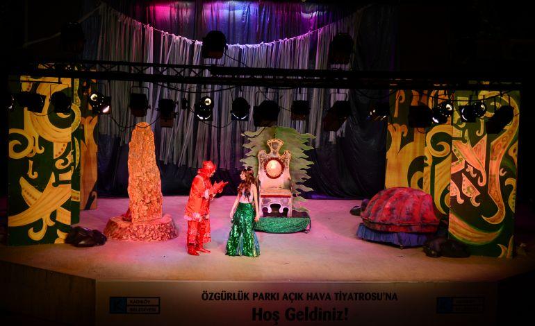 16. Kadıköy Belediyesi Çocuk Tiyatro Festivali Başladı
