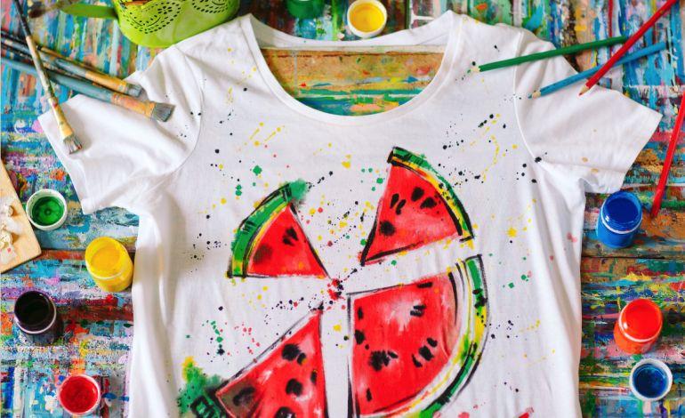 Çocuklar T-Shirt Boyayacak Tiyatro İzleyecekler
