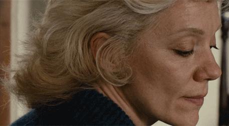 Başsız Kadın (87')