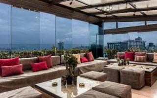 Frankie İstanbul'da Eğlen The Sofa Hotel'de Dinlen