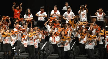 Müziğin ve Gençlerin Gücü